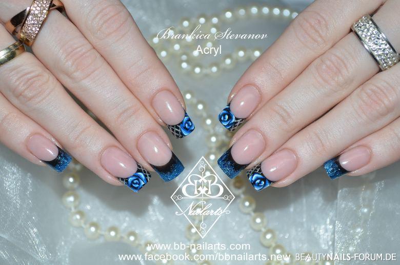 Blue Roses Ausgefallenes Nageldesign Acrylnagel