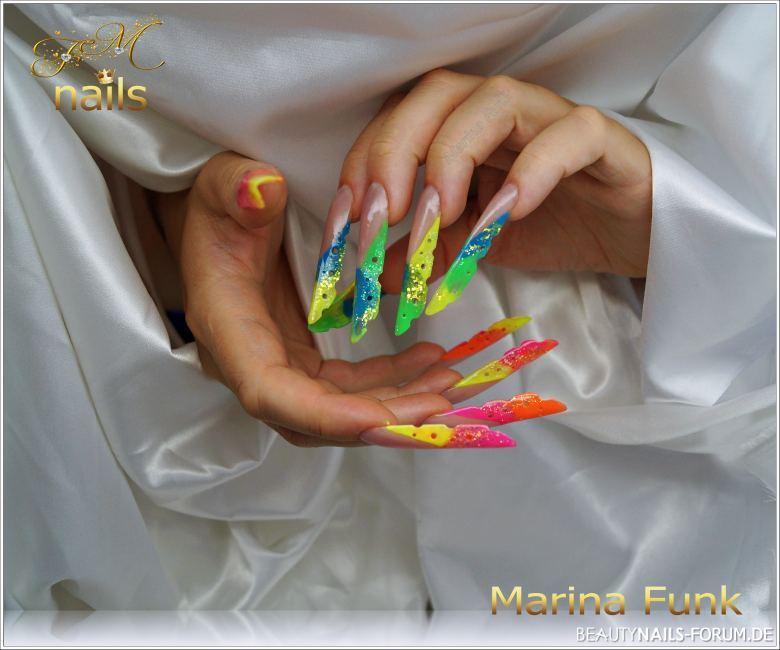 Bunte / neon Farben Acrylmodellage Acrylnägel