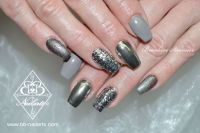 Fullcover Grau mit Chrome und Glitzer Acrylnägel