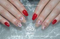 Rot/Beige mit Stamping & Onestroke, Blumenmotiv Acrylnägel