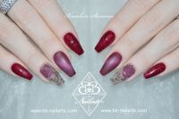 Tolles Design, rote Ballerinas Stamping, 3D & Cateye Acrylnägel