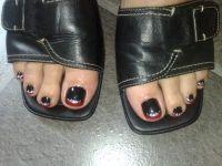 french rot, lack schwarz mit glitzer-steine Füsse