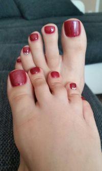 Füße dunkel rot fullcover mit strasssteinchen Füsse