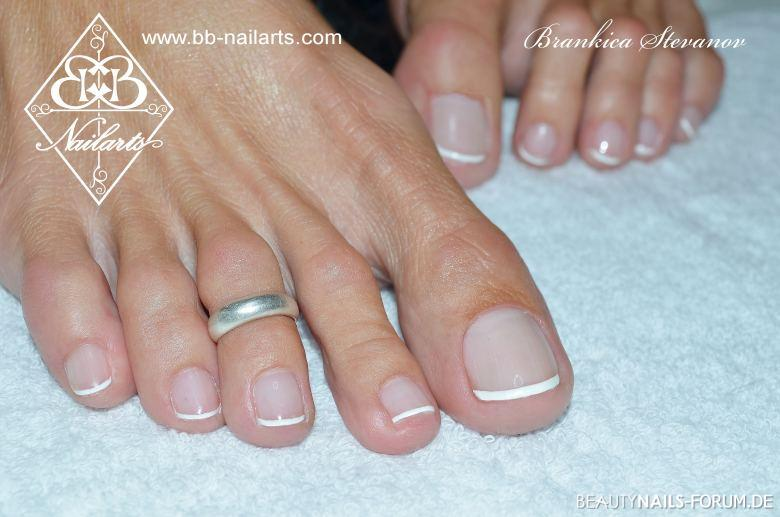 French Nails Design | Fussmodellage Mit French Manicure Design Fusse