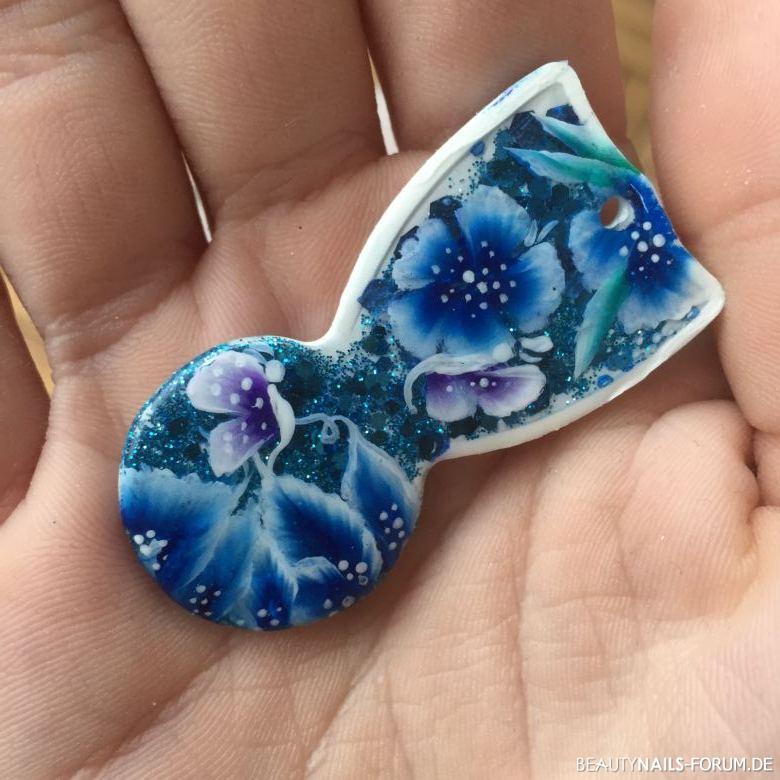 Einkaufswagenchip mit One Stroke in blau mit Blumen Gegenstände