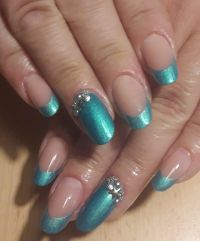 French Türkis / Tropical Lyni Nails Gelnägel