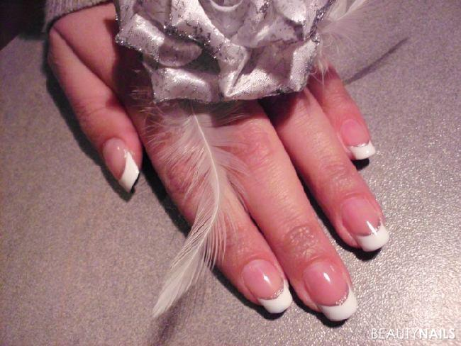 Gel Pipeversuch French White Gelnägel