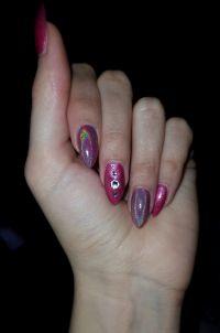 Gelmodellage mit Holo Pigment und pink Glitzer Gelnägel