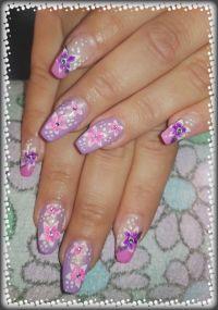 Gelmodellage Pink/Lila mit Blümchen Gelnägel