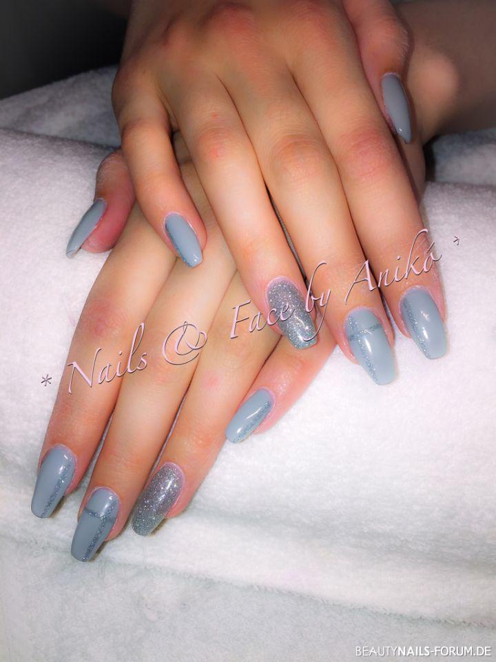 grey silver glimmer nails geln gel. Black Bedroom Furniture Sets. Home Design Ideas