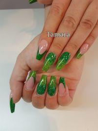 Grüne Glitterballerina-Nails - knallige Farben Gelnägel