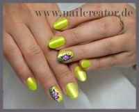 Neon und chrome in grellem Gelbgrün Gelnägel