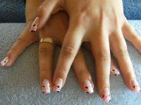 Pink und Schwarz Gelnägel