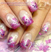 Pinke Schmetterlinge Gelnägel