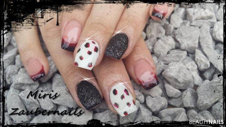 Schwarz/weiß/rot mit Sandoptik