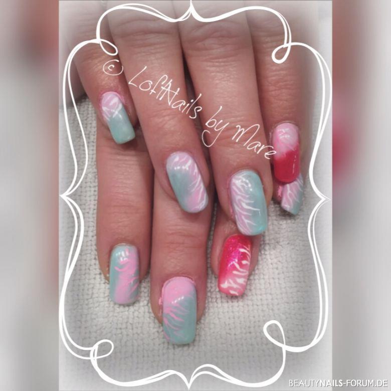 Zebra Light in pastellrosa/mint - Farbverläufe Gelnägel