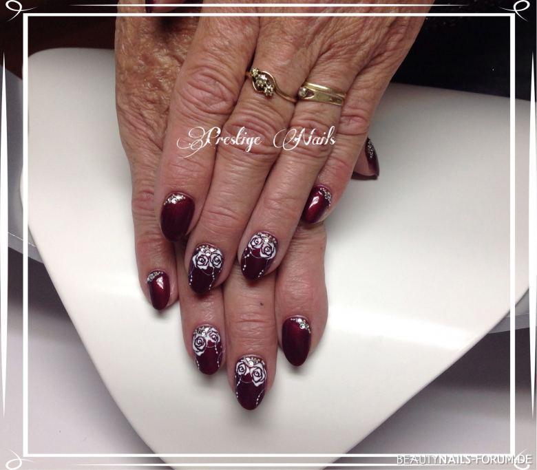 Rosen Design Herbst-Nägel