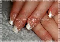 French Weiß mit Perlmut-Pigment Hochzeitsnägel