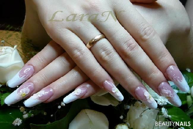 Brautnägel für die Hochzeit Nageldesign French