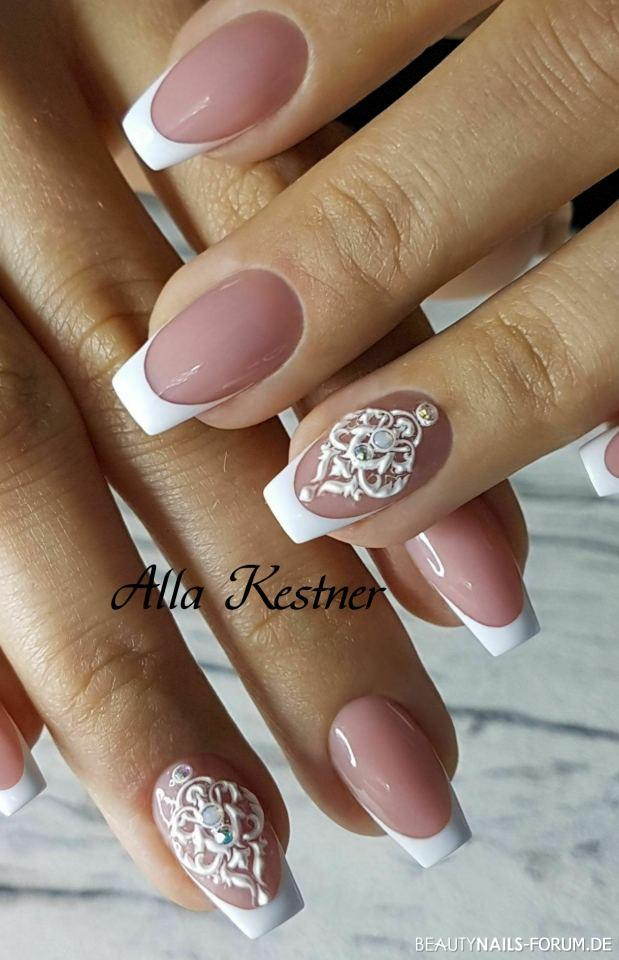 Kreative Hochzeitsnägel mit 3D Sticker und Steinen Hochzeitsnägel weiss - Verwendet:Videsam Make-Up gel Sculpting №45.  MiniPreisNailShop Nailart