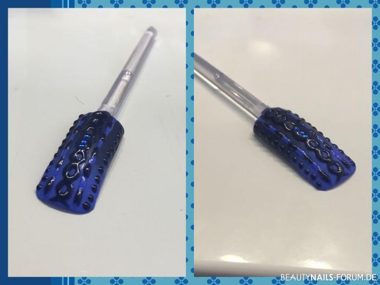knitted Nailart dunkelblau Mustertips