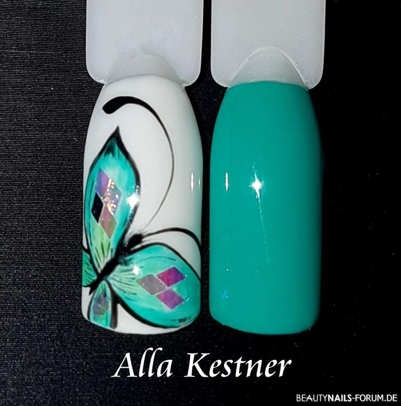 Musterdesign in Mint mit Schmetterling