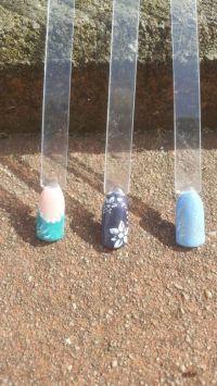 Tips mit Stamping auf Fullcover in Blautönen Mustertips