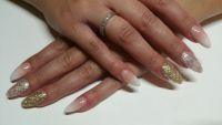 Acrylmodellage Babyboomer Nageldesign