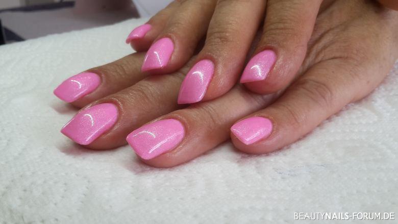 acrylnaegel mit rosa neon glitzer nailart nageldesign