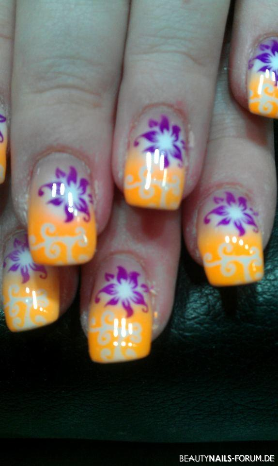 Airbrush Neon Orange Lila Und Weiss Nageldesign
