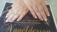 Babyboomer Glitzer meets deep Purple Nageldesign