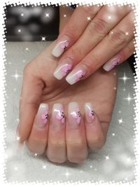 Babyboomer mit One Stroke-Blumen in pink Nageldesign