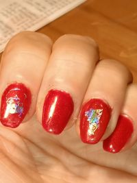 Ballerina in Chrome und Holo-Transfer Nageldesign