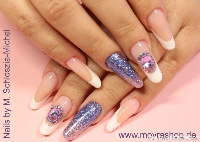 Bling Bling Nägel - French-Manicure Style mit Glitter