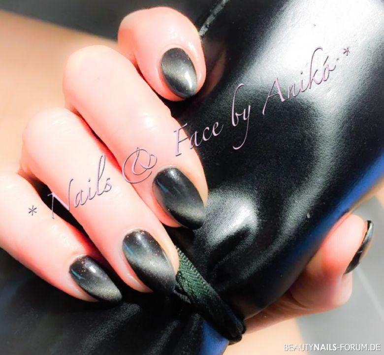Cateye-Color-Gel schwarz Nageldesign