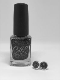 CBL-Ohrringe Nageldesign