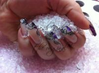 Clear and Glitter Nageldesign