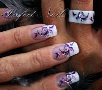 Creativ Sticker mit Ring Nageldesign