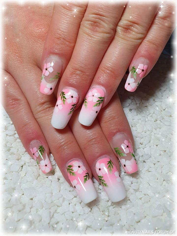 Farbverlauf weiß zu neon pink mit Airbrush Blüten Nageldesign