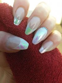 French Aurora Nageldesign