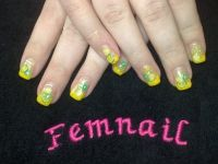 french gelb mit fimos Nageldesign