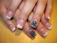 French mit Blume Nageldesign