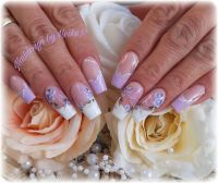 French mit Blumen Nageldesign