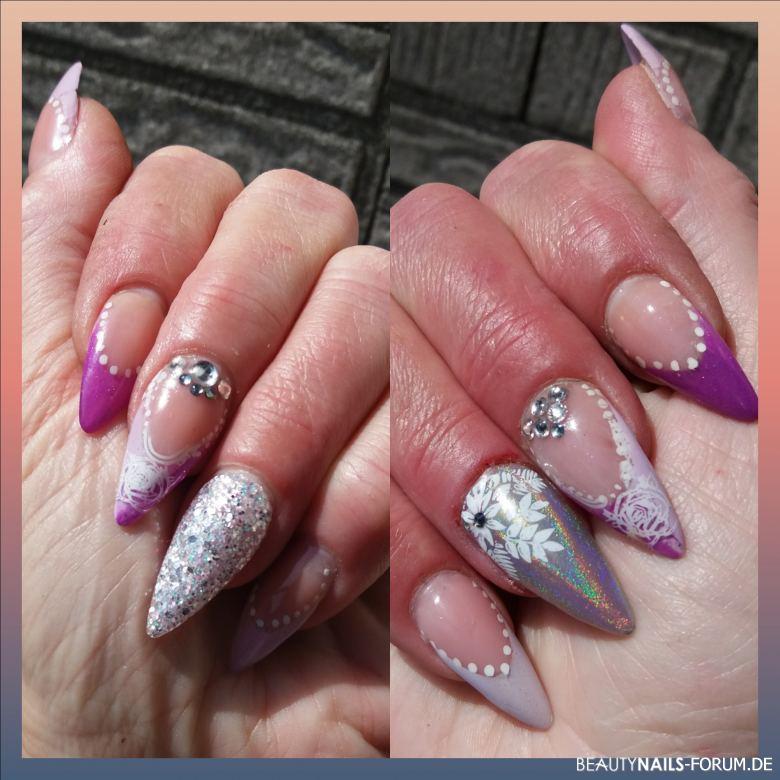 French Violett Und Unicorn Mit Stamping Und Swarowski Nageldesign