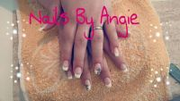 French White Leo 2 Nageldesign