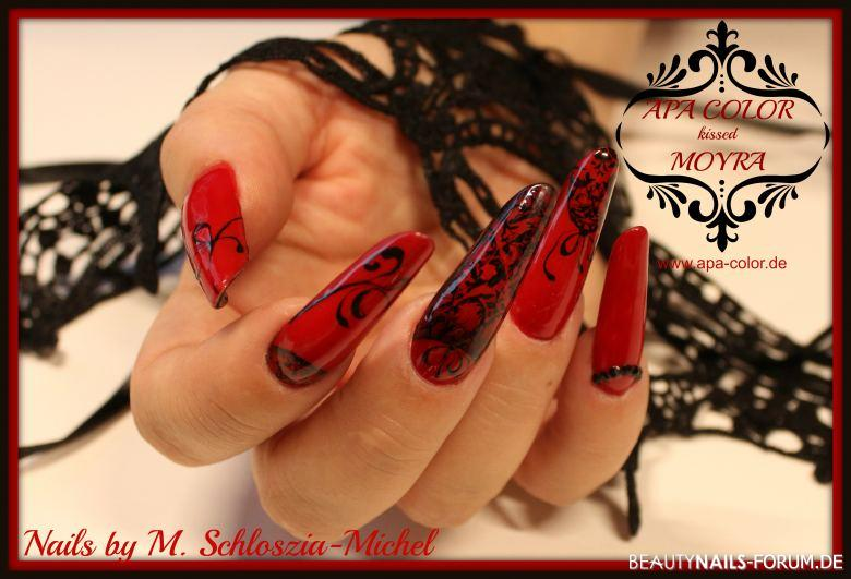 fullcover mit stamping gelmalerei in rot und schwarz nageldesign. Black Bedroom Furniture Sets. Home Design Ideas