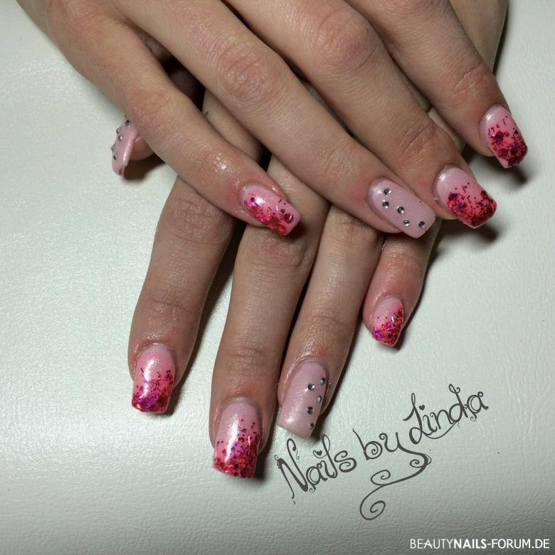 Fullcover Pink Nageldesign