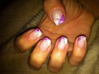 Gel-Modellage mit Glitter Nageldesign