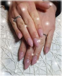 Gelmodellage Mandel in Rosé-Ton - Nailart Nageldesign