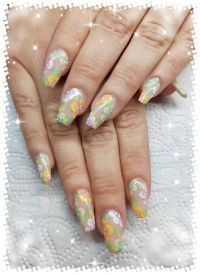 Gelmodellage mit Covergel mit Pastell One Stroke Blumen Nageldesign